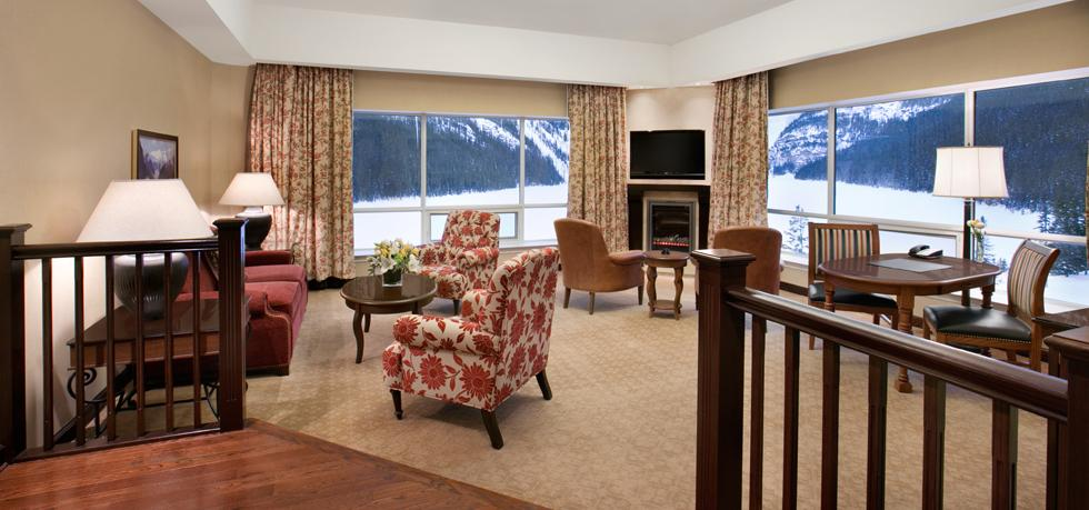 The-Fairmont-Chateau-Lake-Louise-gold-suite